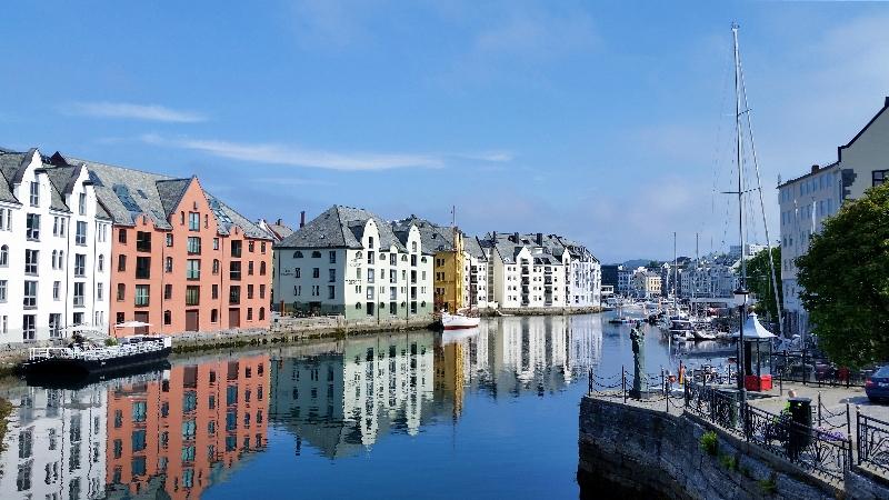 norway-Ålesund-town