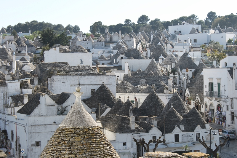 on the road in puglia-alberobello
